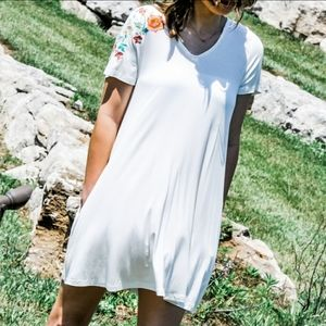 Very J embroidered strappy tee shirt dress white